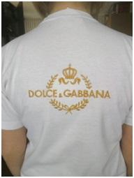 Художественная вышивка на футболках